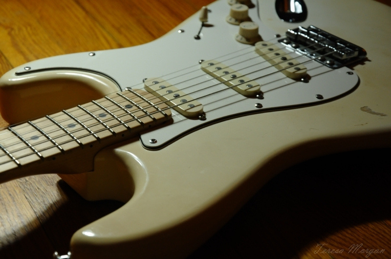 Searching For The Best Cheap Electric Guitar